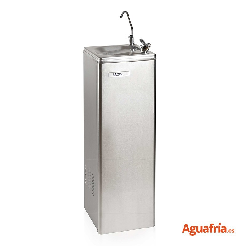Fuente de red Naab Steeltec.